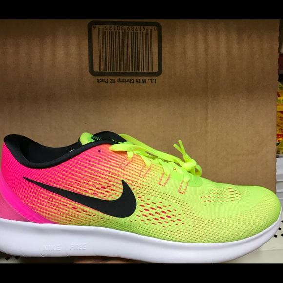 new product 4b43e c4c29 Nike free run oc NIB